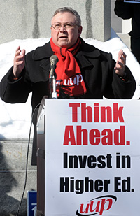 highered_110204_uup_rally_02