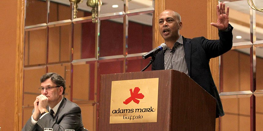 AFL-CIO Executive Vice President Tefere Gebre addresses local presidents. Photo by Steve DeMeo.