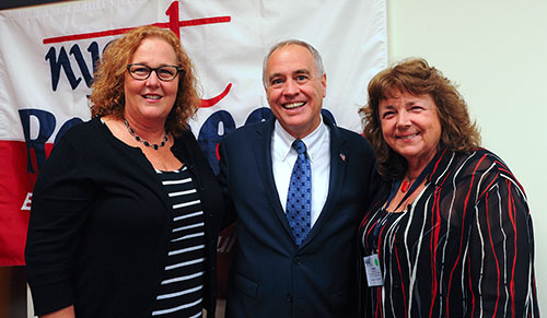 From left, NYSUT President Karen E. Magee, New York State Comptroller Thomas DiNapoli and Florence McCue, at-large ED 51–53 director, at the 2016 Retiree Contiguous Election District (At-Large) 51–53 meeting.
